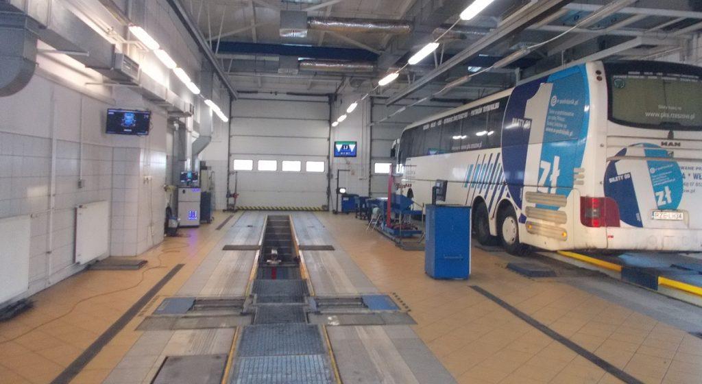 Przegląd techniczny autokaru Rzeszów